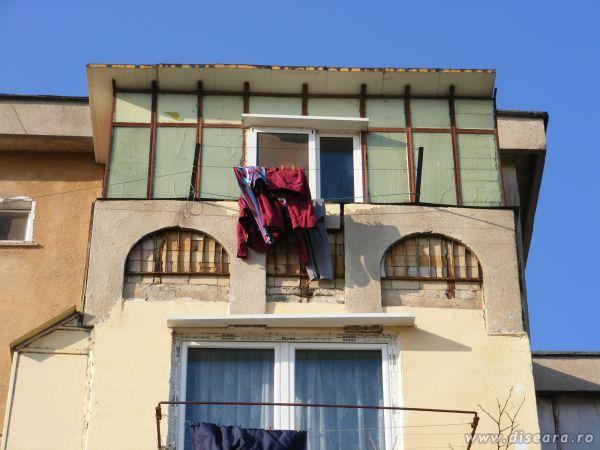 Termopan balcony for Balcony dictionary